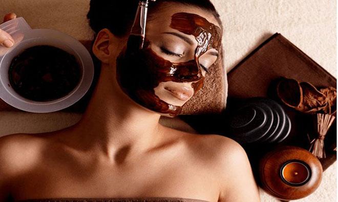Las máscaras de avena para la piel del párpados